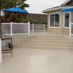 vinyl brock deck with glass rail